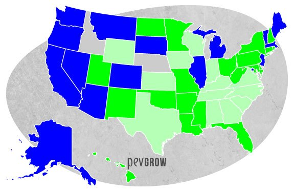 Image of the US map showing states where medical marijuana is legal in green and states where cannabis for recreational and medicinal purposes is legal in blue